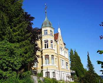 Praxisgebäude Karmananda Albstadt
